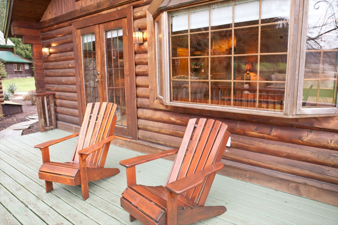 Cabin Patio at Rowena's Inn on the River