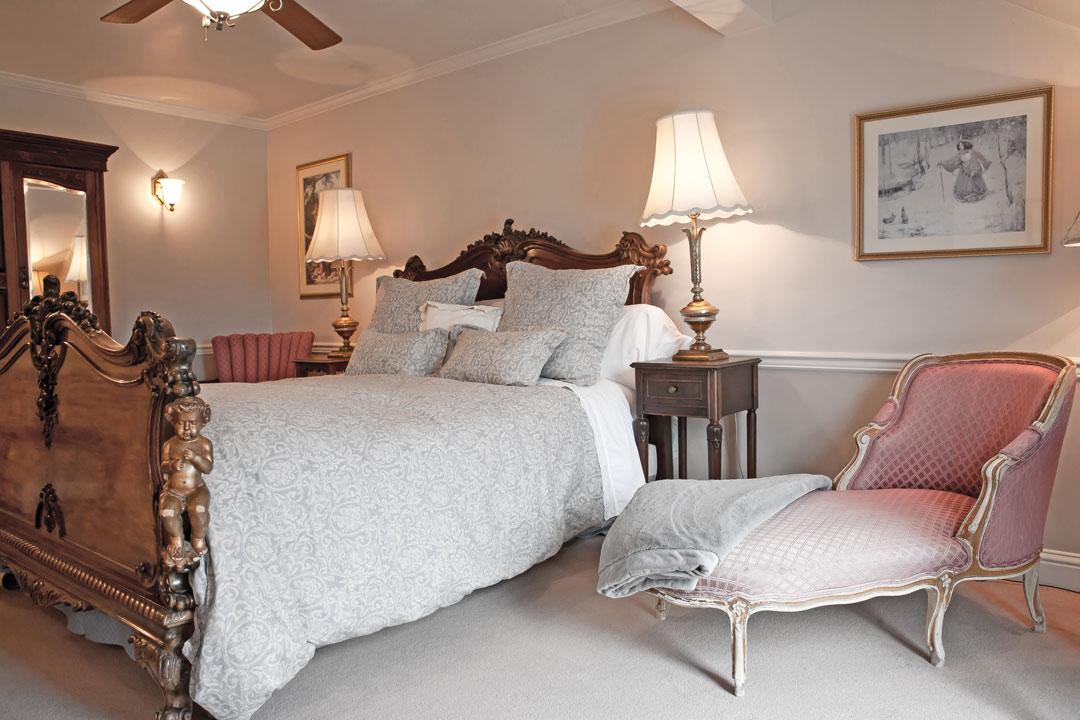 inn-bed-1